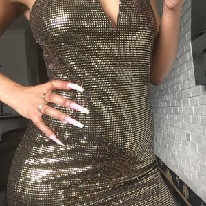 Dresses & Skirts - 🙅🏻♀️SOLD OUT CLEARANCE Goldie Sequins Dress